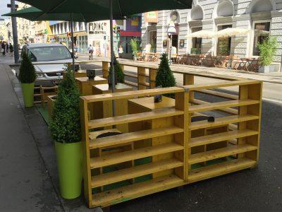 Eroz Food Bazar | Schanigarten